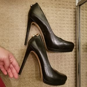 FINAL SALE!! Michael Kors black high heels size 7